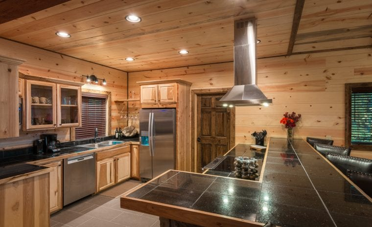 Broken Bow Lake Cabin Rental Gourmet Kitchen