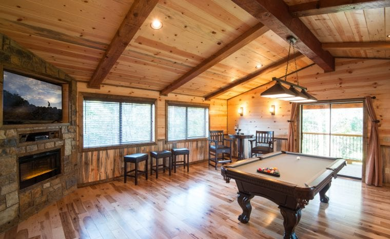 Broken Bow Lake Game Room