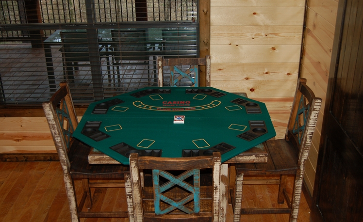 Easy Living Den Poker Table