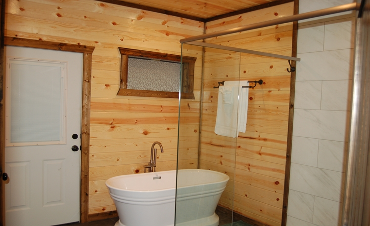 Easy Living Master Bath 1